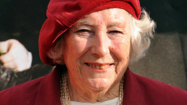 Dame Vera Lynn.