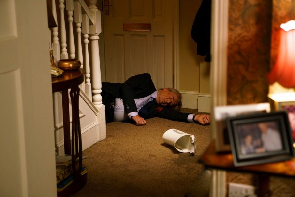 Ken Barlow was pushed down the stairs in Coronation Street (ITV)
