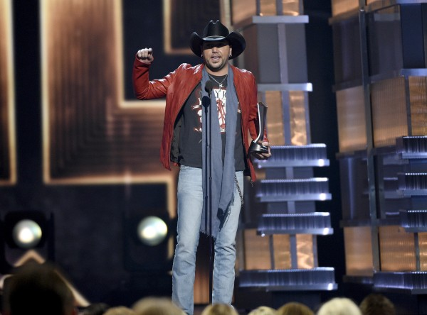 Jason Aldean accepts the award for entertainer of the year at the 52nd annual Academy of Country Music Awards. (Chris Pizzello/Invision/AP)