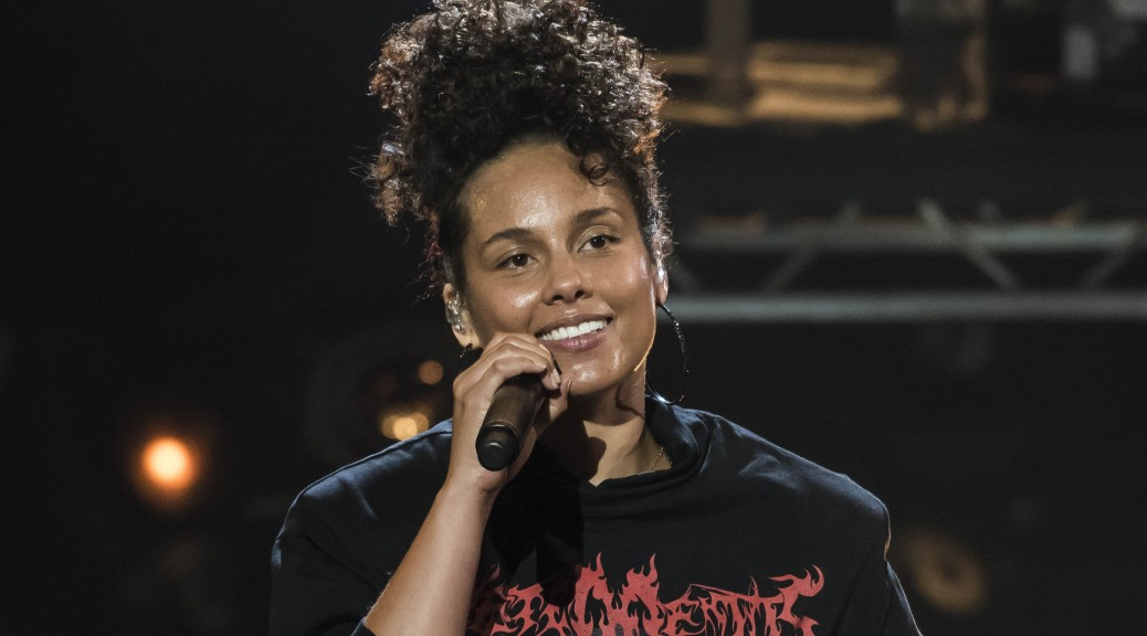 Alicia Keys Wins Amnesty `Ambassador of Conscience' Award