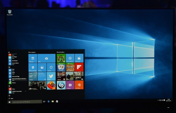 Windows 10 will throttle background apps to save your laptop battery