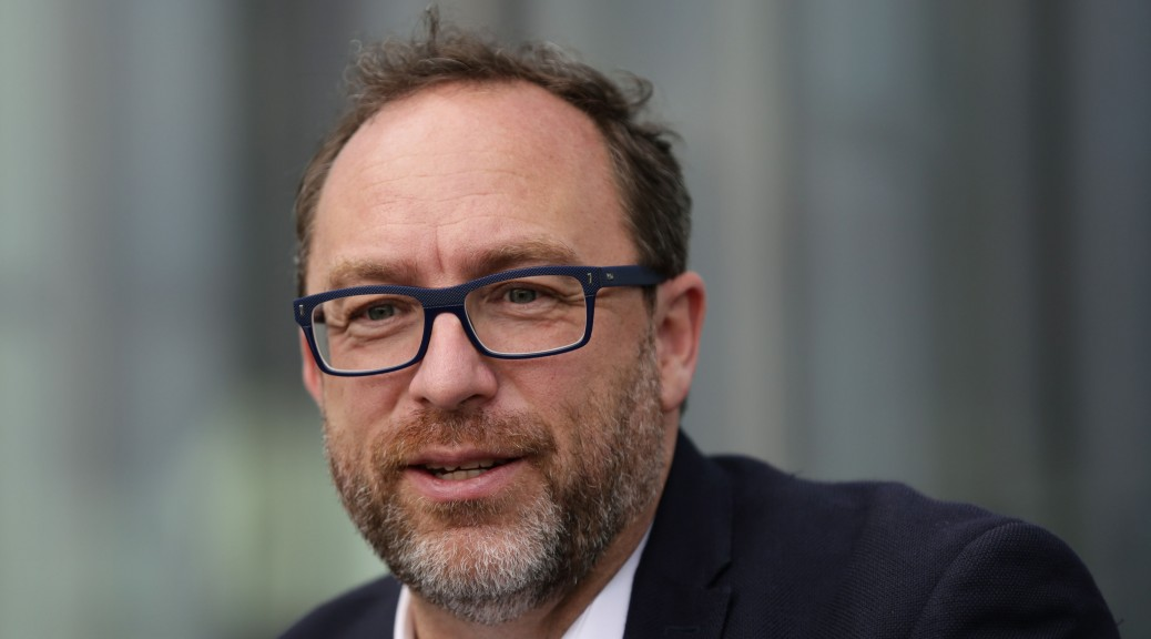 Jimmy Wales to Launch Crowdfunded News Site Wikitrubine to Fight 'Alternative Facts'