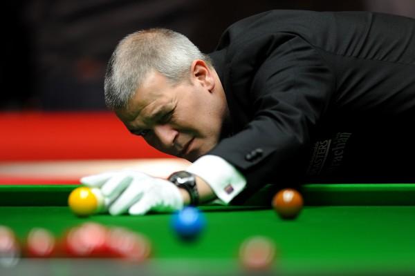 Snooker referee Jan Verhaas