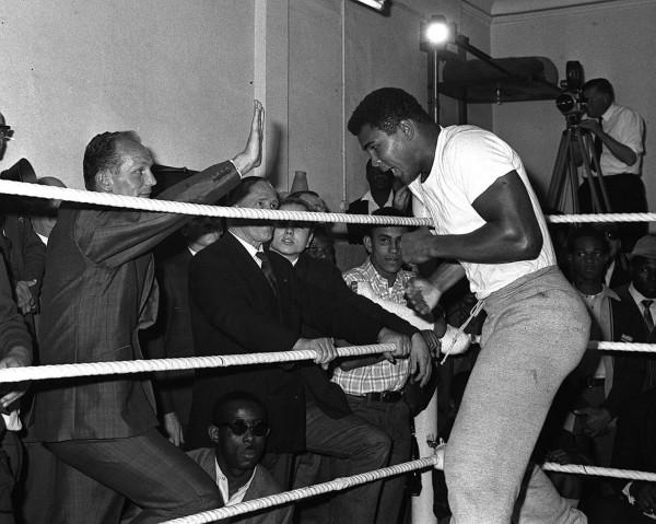 Ali in the ring, London 1966.