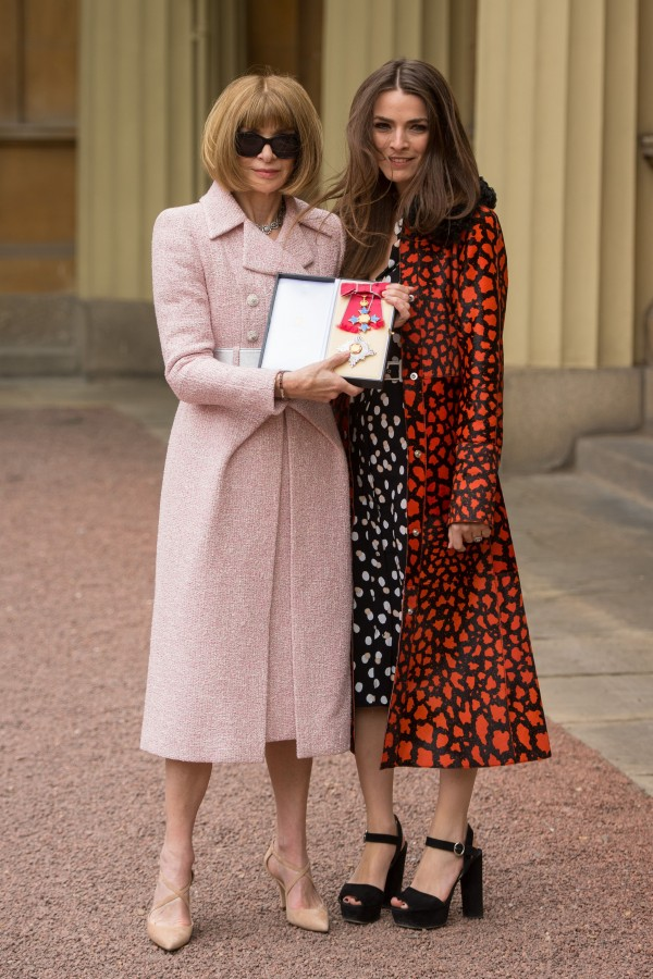 Dame Anna Wintour and her daughter Bee Schaffer