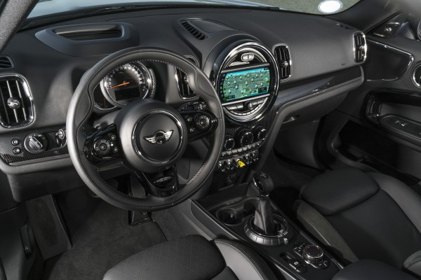 The Cooper S E Countryman's interior is well-built