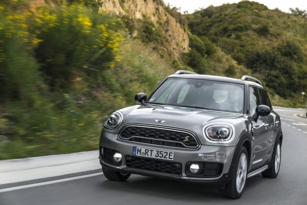 The Cooper S E Countryman ALL4 drives keenly