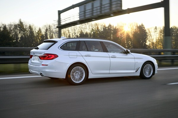 The 5 Series Touring's size is hidden by elegant styling