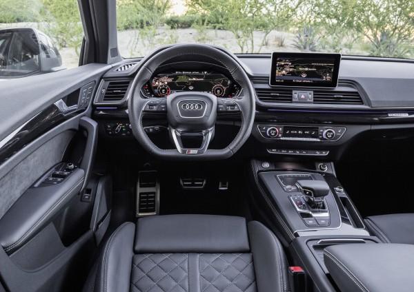 (Audi)