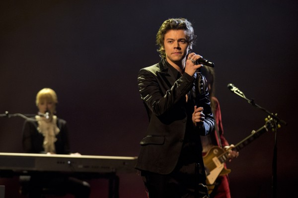 Harry performs new music on The Graham Norton Show.