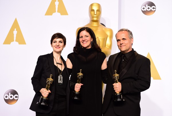 Laura Poitras with her Oscar for Citizenfour