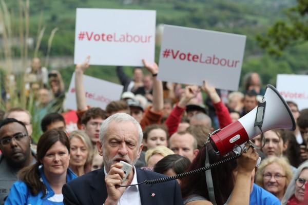 Labour leader Jeremy Corbyn makes a stump speech