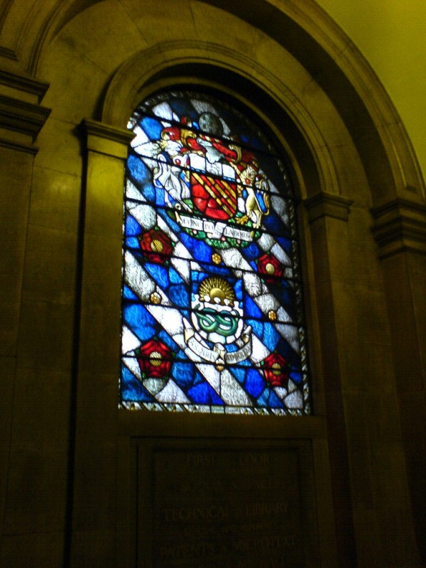manchester coat of arms (Paul Robinson/Flickr)