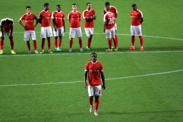 Charlton Athletic's Brandon Hanlan steps up to take a penalty