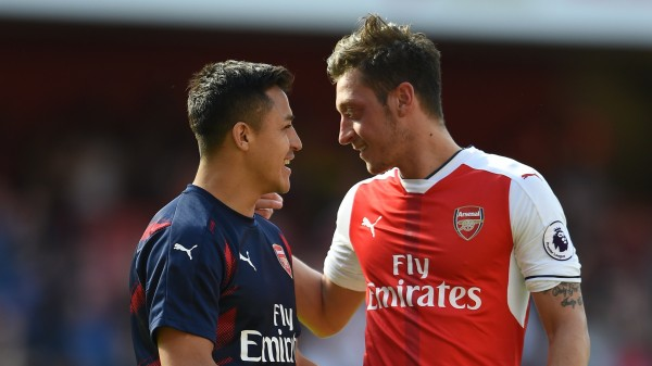 Arsenal's Alexis Sanchez (left) and Mesut Ozil at full time
