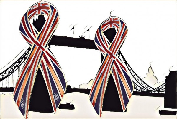 tower bridge artwork in tribute to London Bridge attack (Chris Chan)