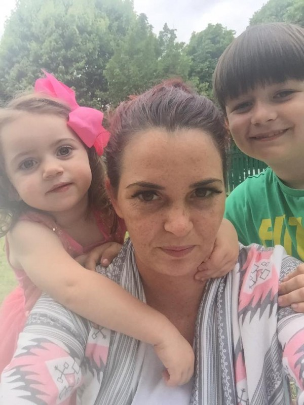 Cassie Marie McDonagh with her children (Cassie Marie McDonagh/PA)