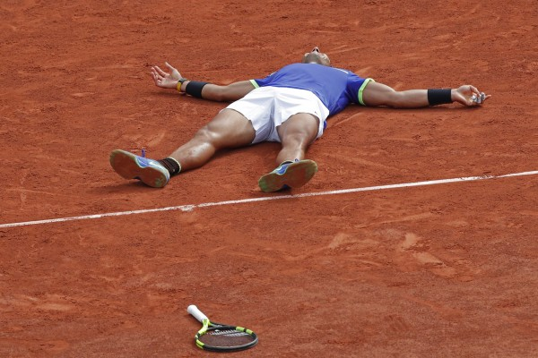 Rafael Nadal wins the 2017 French Open final