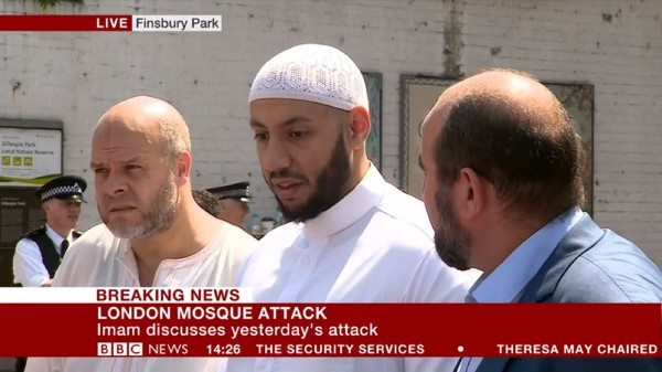 United Kingdom  police question anti-Muslim attacker