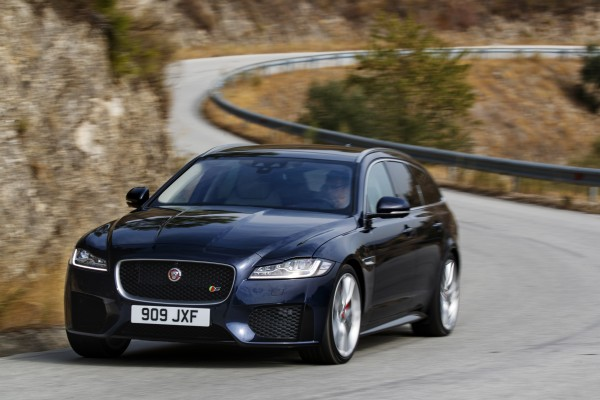The Front End Of The XF Features Jaguaru0027s Trademark Large Grille