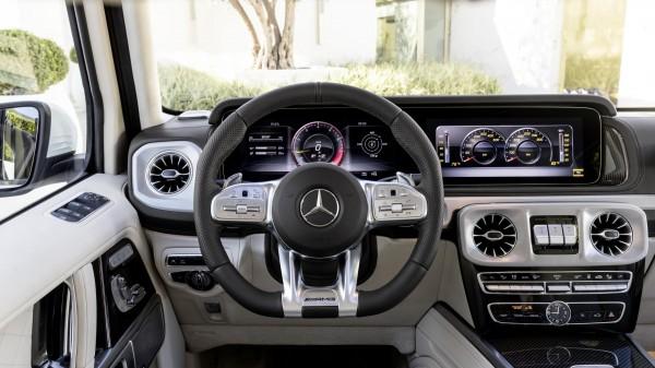 (Mercedes-AMG)
